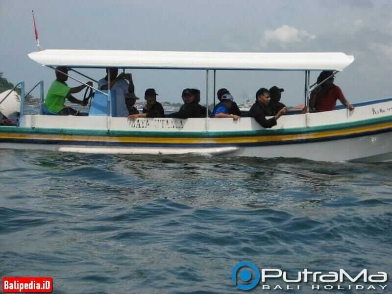 Glass Bottom Boat Bali