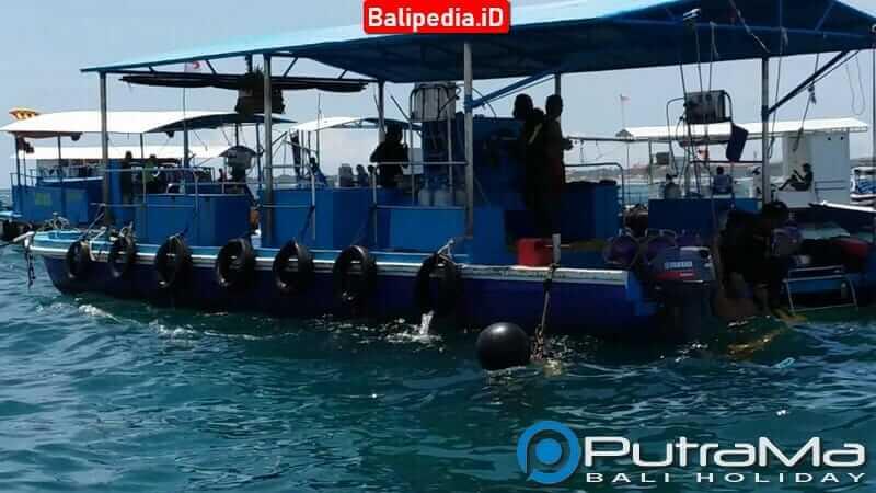 Pontoon Seawalker di Tanjung Benoa