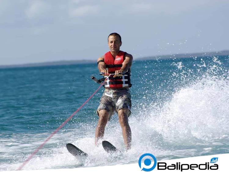 Water ski Tanjung Benoa